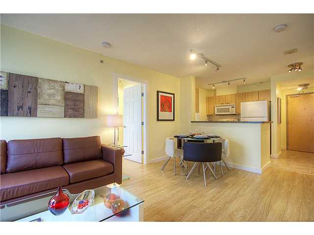 # 1002 1420 W GEORGIA ST - West End VW Apartment/Condo for sale, 2 Bedrooms (V957004) #6