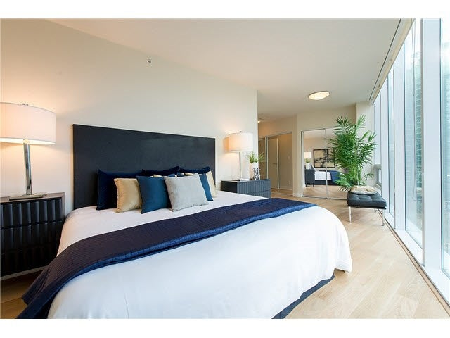 701 1277 MELVILLE STREET - Coal Harbour Apartment/Condo for sale, 2 Bedrooms (R2015542) #13