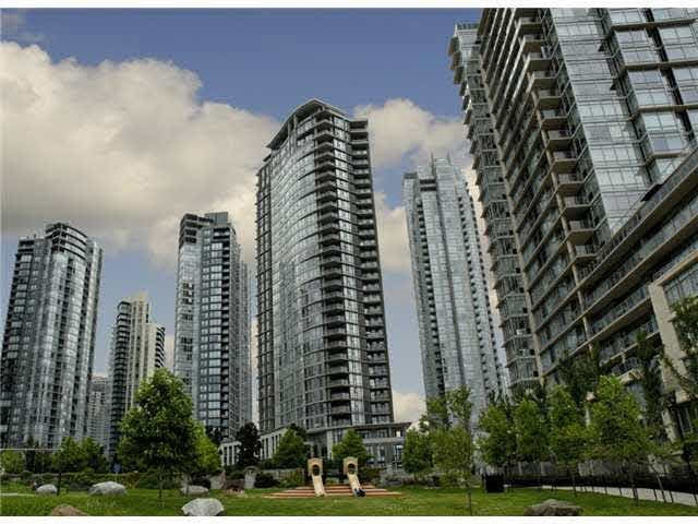 2702 455 BEACH CRESCENT - Yaletown Apartment/Condo for sale, 2 Bedrooms (R2059948) #1